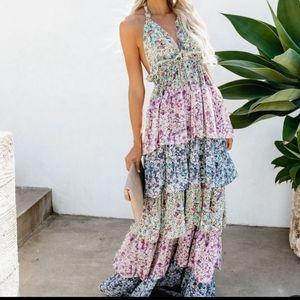 NWT Glitter Glitz Floral Tiered Halter Maxi Dress